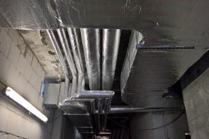 Großbaustelle Heizung Leitungen